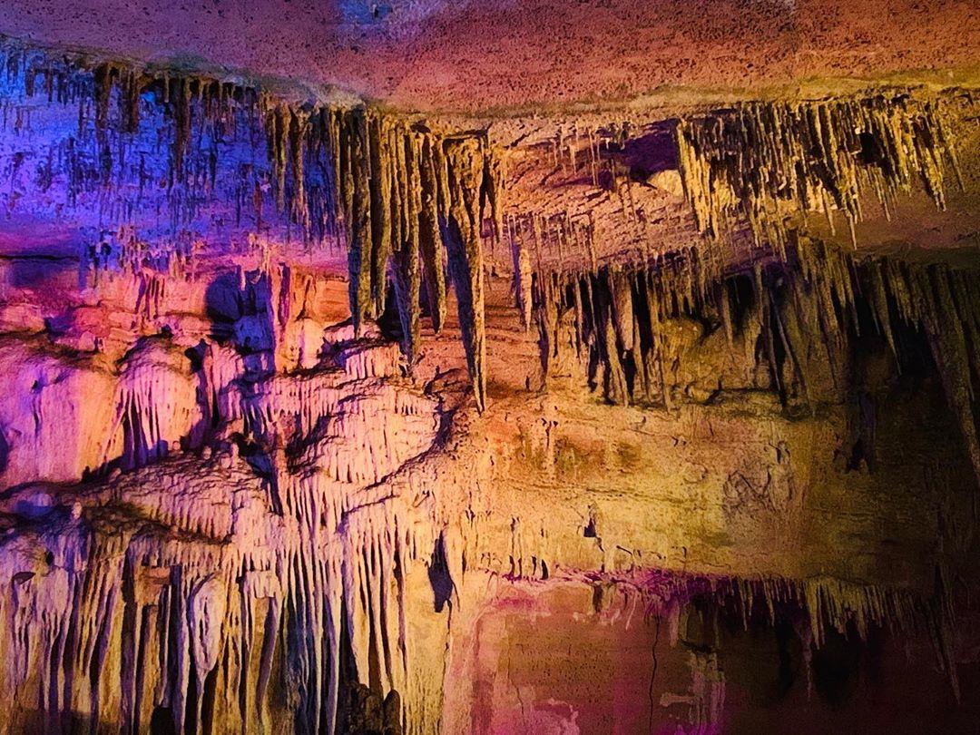 Достопримечательности Грузии пещера Прометея