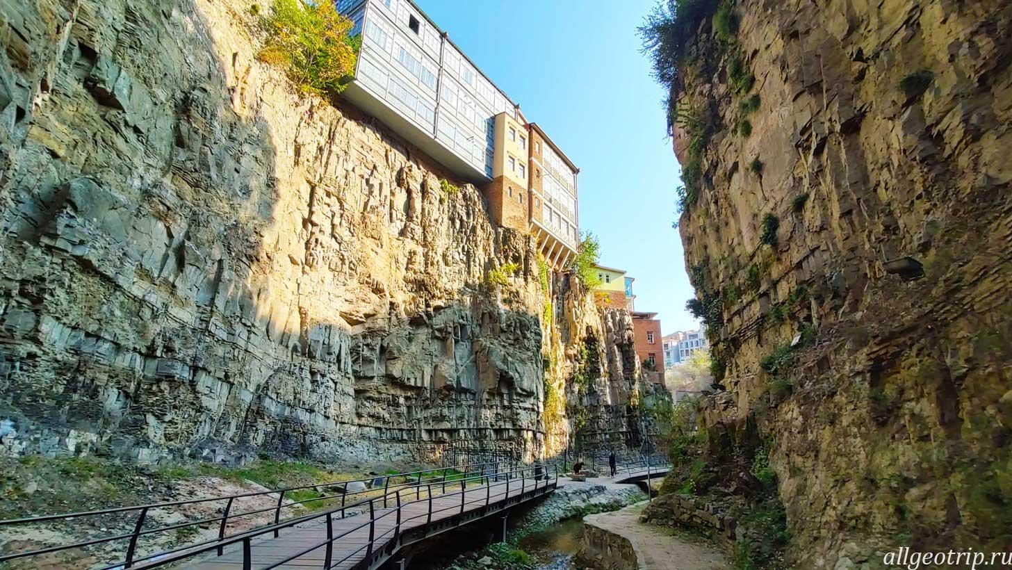 Достопримечательности Тбилиси Инжирное ущелье