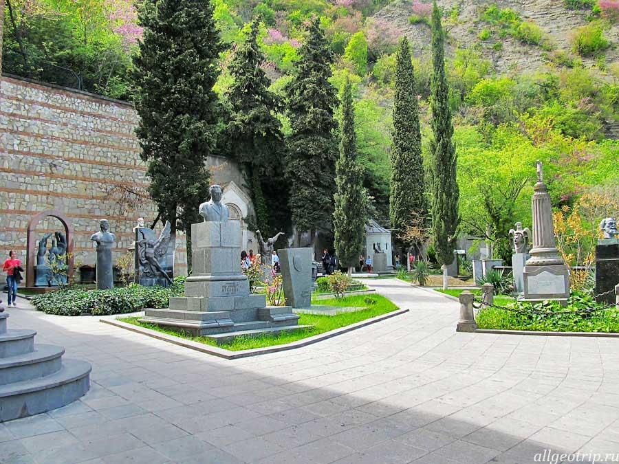 Достопримечательности Тбилиси Пантеон