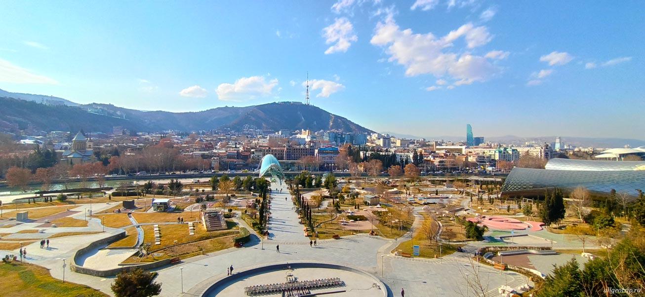 Достопримечательности Тбилиси парк Рике