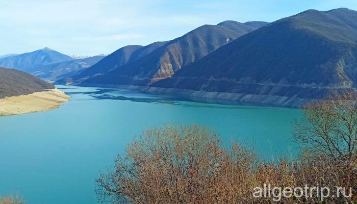 Индивидуальная экскурсия Казбеги Жинвальское водохранилище