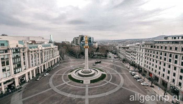 Контрасты Тбилиси